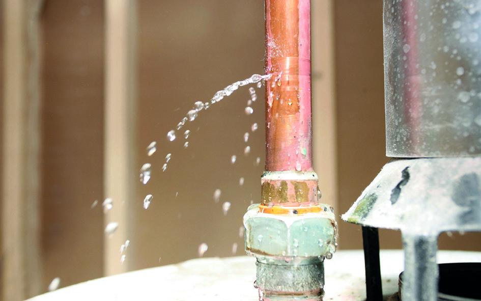 Rohrbruchortung Fahrzeug / Wasserschadenbeseitigung